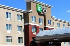 Holiday-Inn-Hotel-05-8-x-11